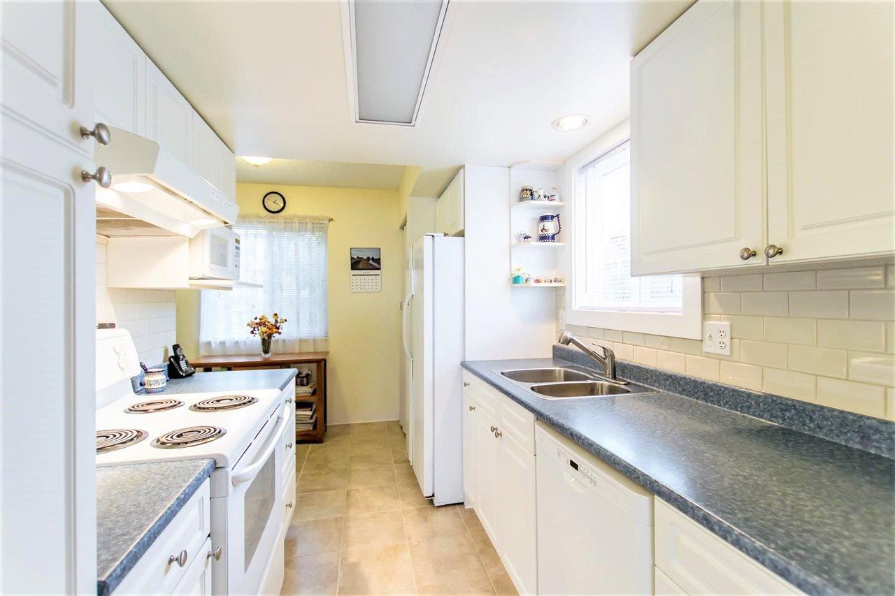 Photo 8: Photos: 1028 DELESTRE Avenue in Coquitlam: Maillardville 1/2 Duplex for sale : MLS®# R2441710