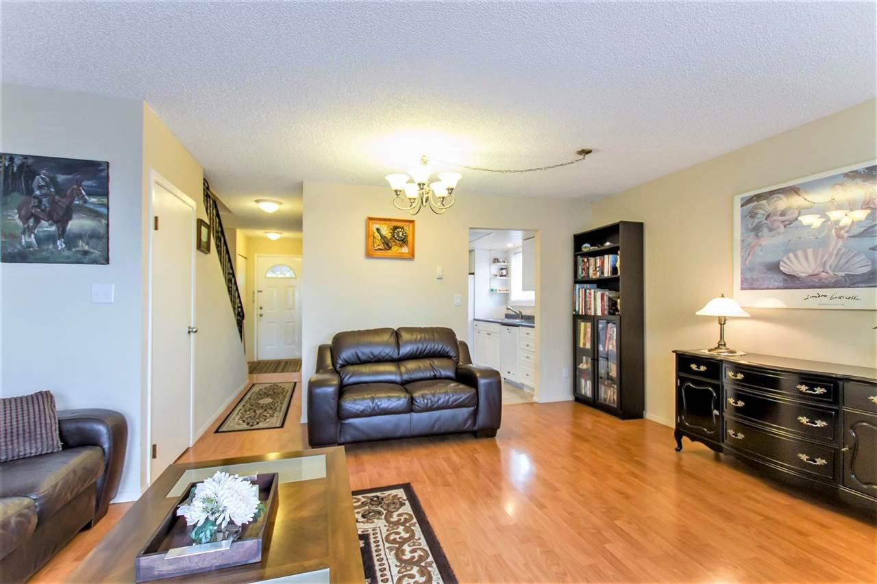 Photo 7: Photos: 1028 DELESTRE Avenue in Coquitlam: Maillardville 1/2 Duplex for sale : MLS®# R2441710