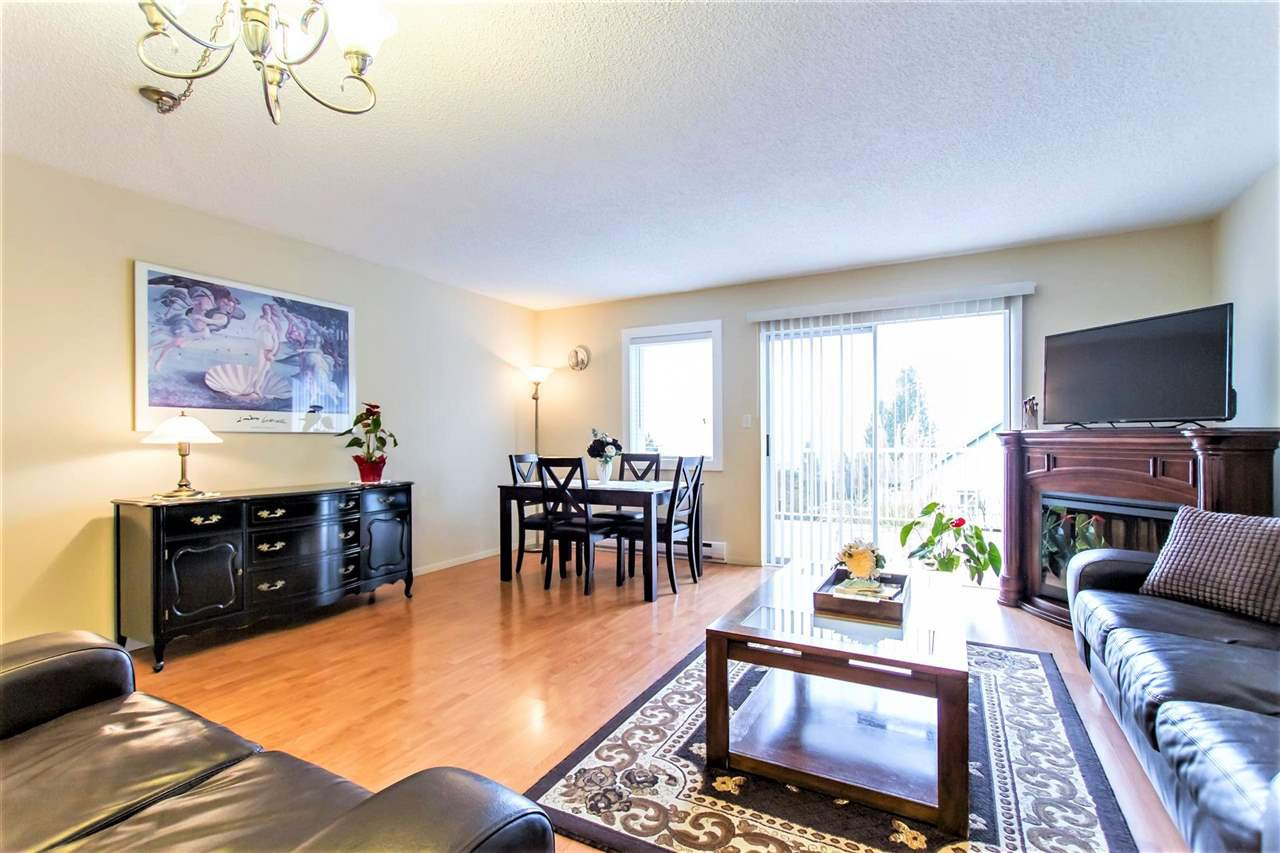 Photo 3: Photos: 1028 DELESTRE Avenue in Coquitlam: Maillardville 1/2 Duplex for sale : MLS®# R2441710