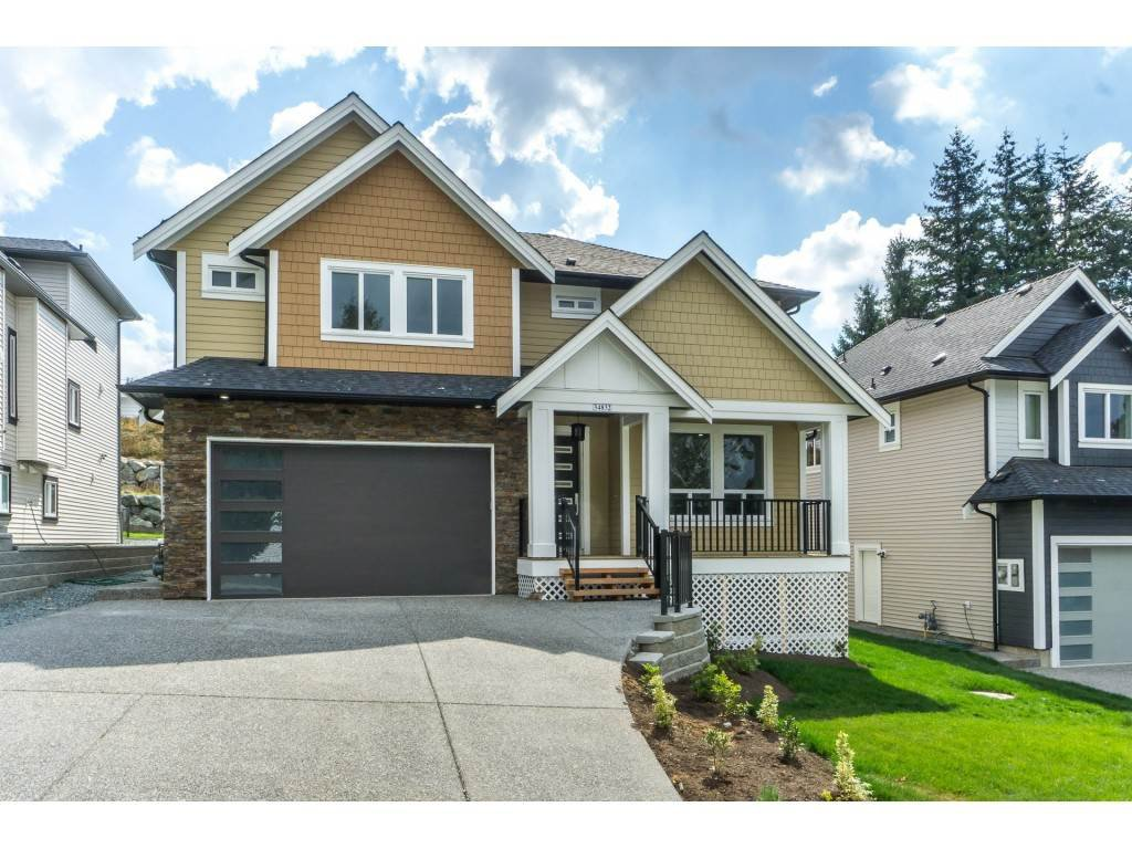 "Main Photo: 34832 ORCHARD Drive in Abbotsford: Abbotsford East House for sale in ""MCMILLAN"" : MLS®# R2478431"