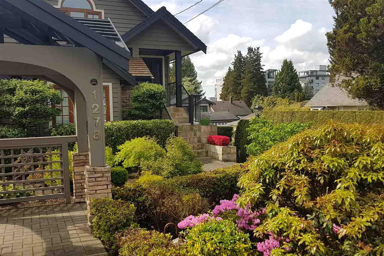 Main Photo: 1278 DUCHESS Avenue in West Vancouver: Ambleside House 1/2 Duplex for sale : MLS®# R2507909