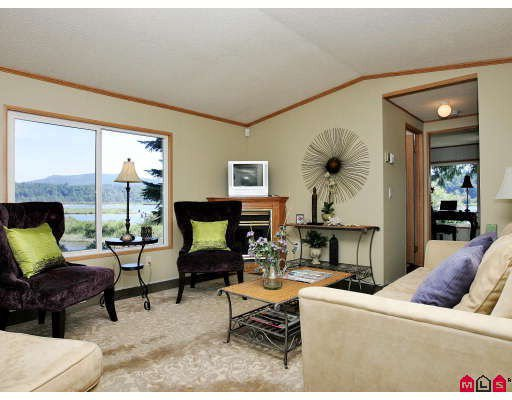 "Photo 4: Photos: 16 9970 WILSON Street in Mission: Mission-West Manufactured Home for sale in ""RUSKIN PARK"" : MLS®# F2823125"