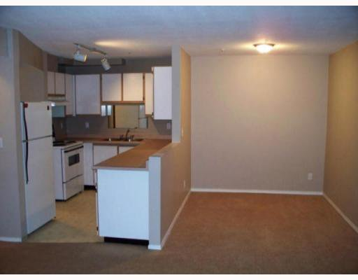 "Photo 3: Photos: 408 11671 FRASER Street in Maple_Ridge: East Central Condo for sale in ""BELMAR TERRACE"" (Maple Ridge)  : MLS®# V746656"