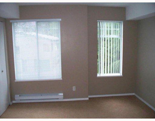 "Photo 6: Photos: 408 11671 FRASER Street in Maple_Ridge: East Central Condo for sale in ""BELMAR TERRACE"" (Maple Ridge)  : MLS®# V746656"