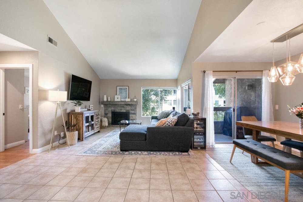 Main Photo: MISSION VALLEY Condo for sale : 3 bedrooms : 10325 CAMINITO CUERVO #207 in San Diego