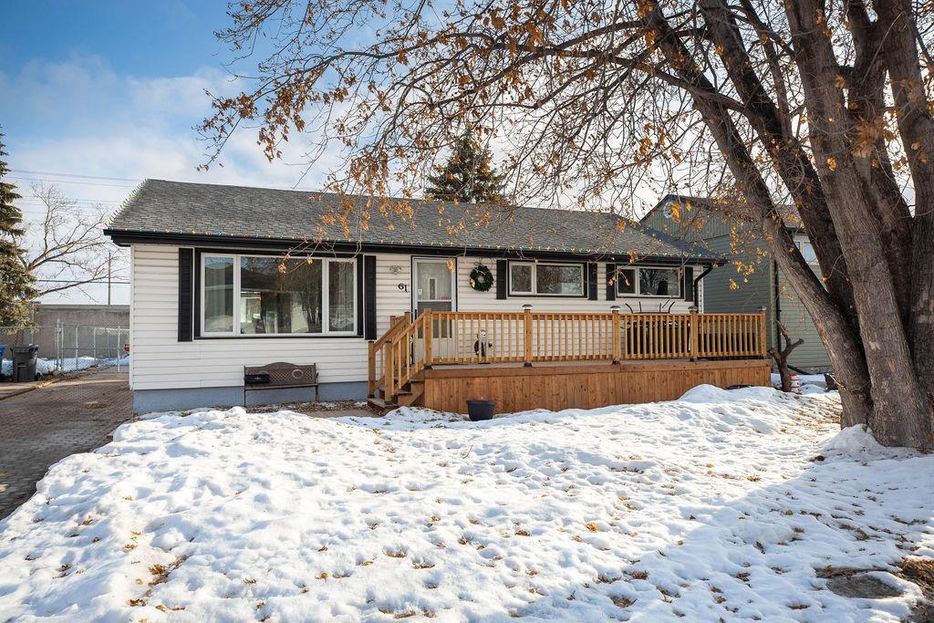 Main Photo: 61 Vincent Massey Boulevard in Winnipeg: Windsor Park Residential for sale (2G)  : MLS®# 202005748