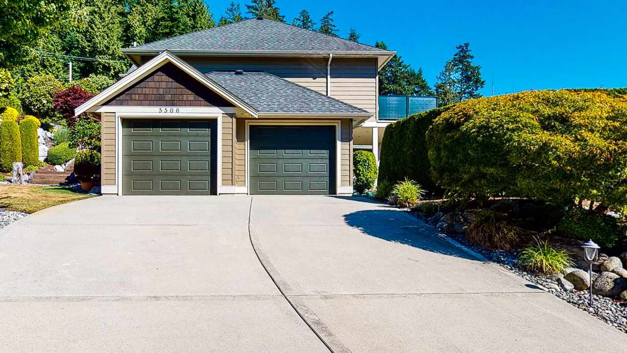 Main Photo: 5506 TRAIL ISLAND Drive in Sechelt: Sechelt District House for sale (Sunshine Coast)  : MLS®# R2482090
