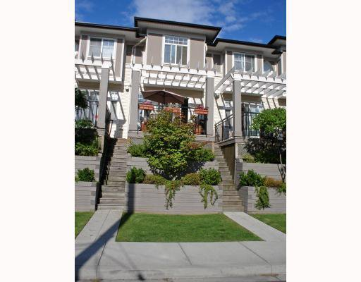 """Main Photo: 32 1010 EWEN Avenue in New Westminster: Queensborough Townhouse for sale in """"WINDSOR MEWS"""" : MLS®# V791207"""