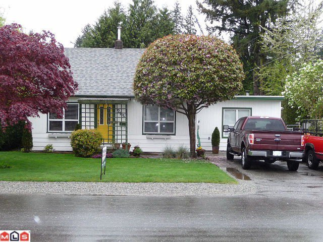 Main Photo: 2851 VICTORIA Street in Abbotsford: Abbotsford West House for sale : MLS®# F1010457