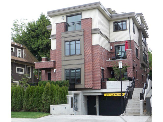 """Main Photo: 488 E 5TH Avenue in Vancouver: Mount Pleasant VE Townhouse for sale in """"468 FIFTH AVENUE"""" (Vancouver East)  : MLS®# V854947"""