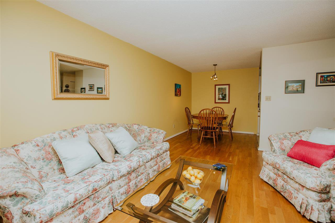 Main Photo: 113 8700 ACKROYD ROAD in Richmond: Brighouse Condo for sale : MLS®# R2105682