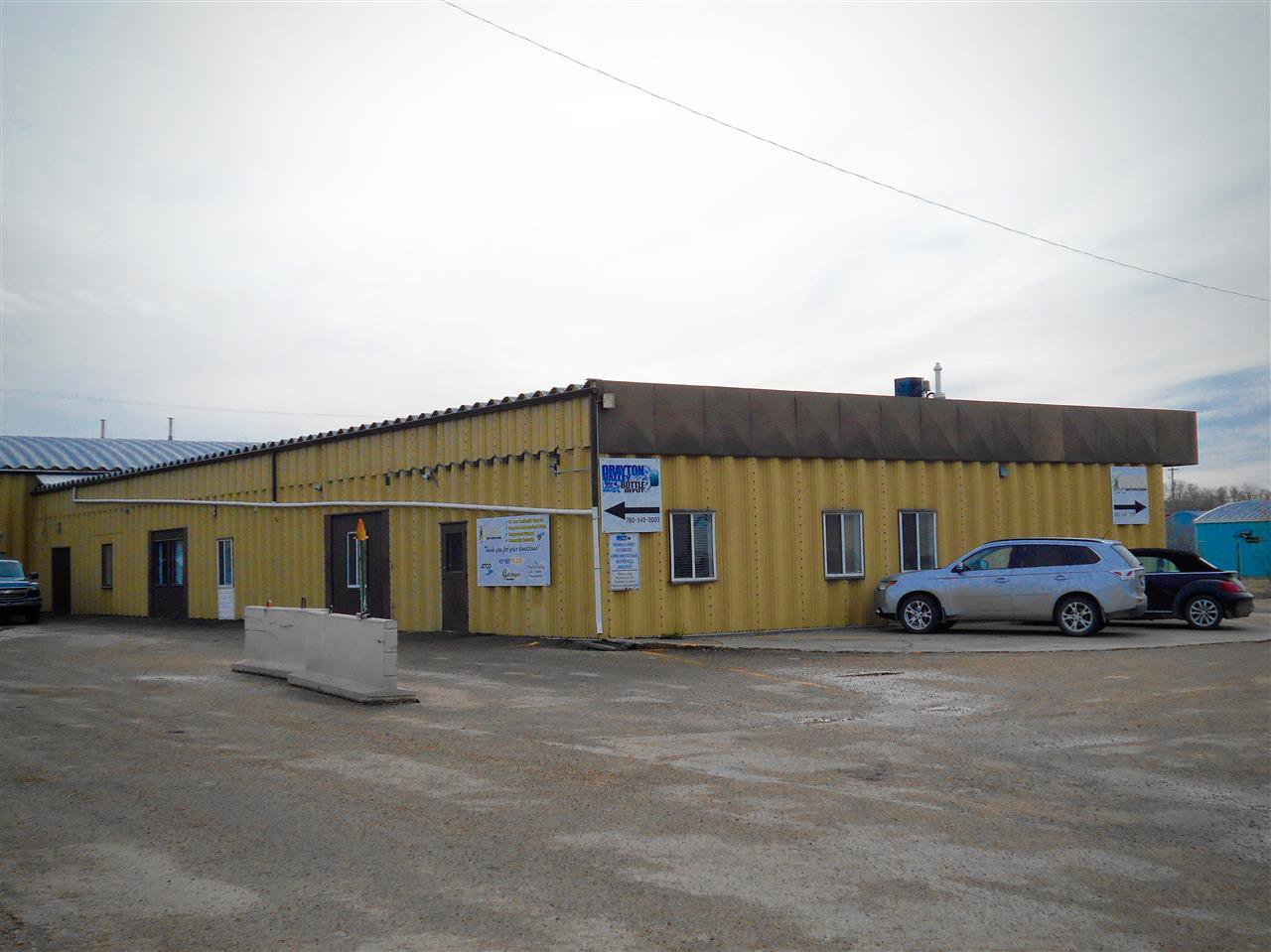Main Photo: 5225 55 A Street: Drayton Valley Office for lease : MLS®# E4201029
