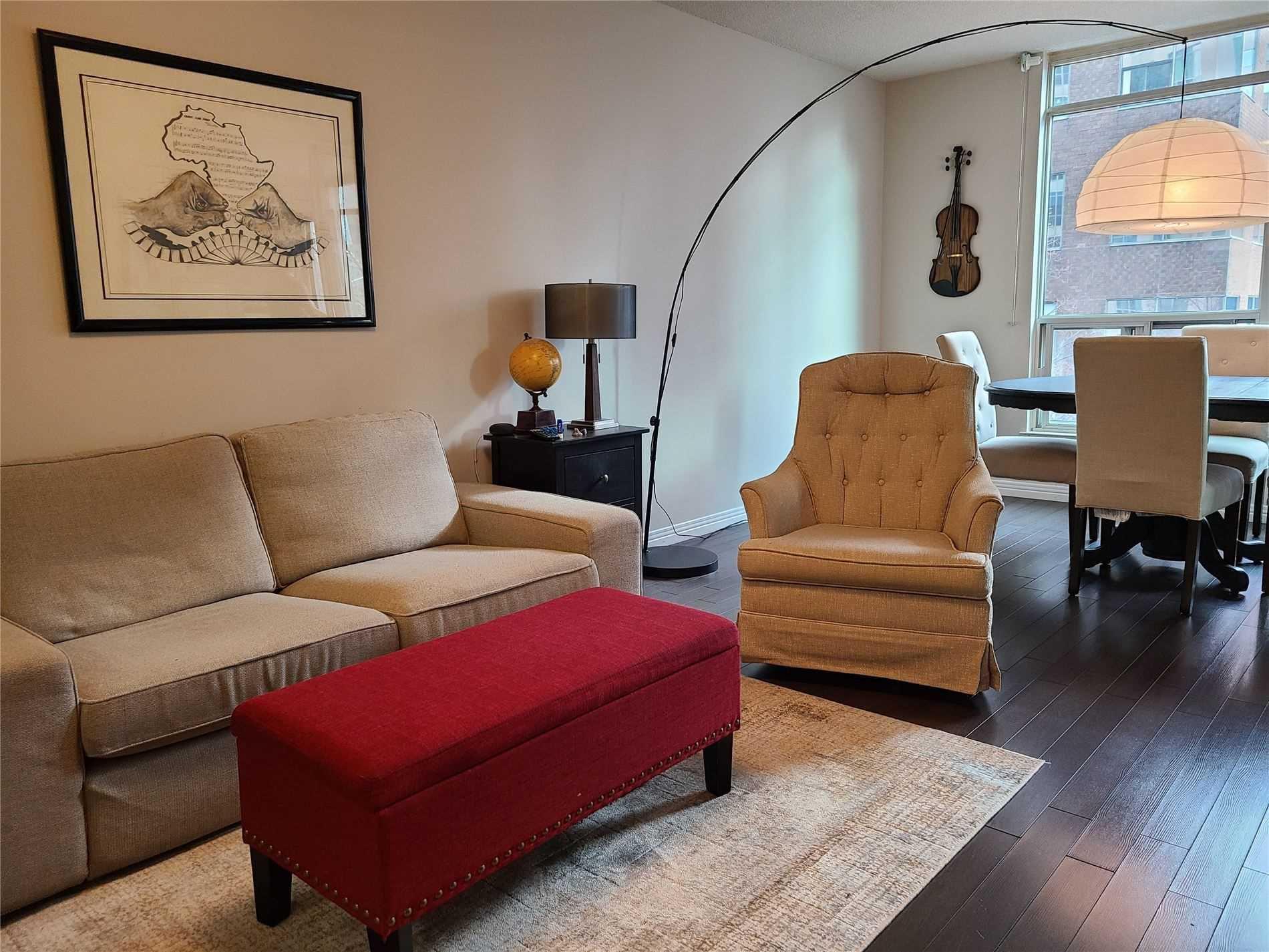 Main Photo: 313 942 Yonge Street in Toronto: Annex Condo for lease (Toronto C02)  : MLS®# C5063060