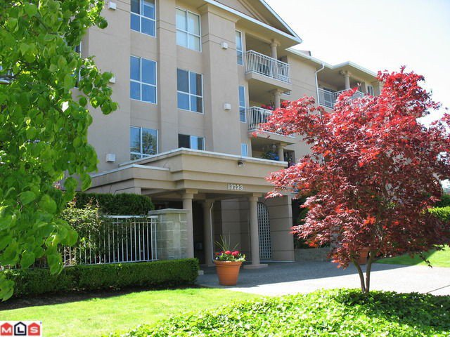"""Main Photo: 108 13733 74 Avenue in Surrey: East Newton Condo for sale in """"Kings Court"""" : MLS®# F1016544"""