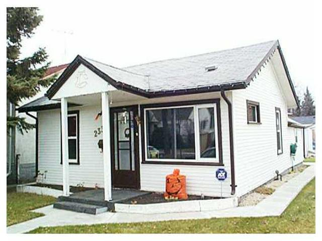 Main Photo: 233 BRONX Avenue in WINNIPEG: East Kildonan Residential for sale (North East Winnipeg)  : MLS®# 2115484