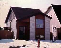 Main Photo: 126 NOVAVISTA Drive in WINNIPEG: St Vital Single Family Detached for sale (South East Winnipeg)  : MLS®# 9804802