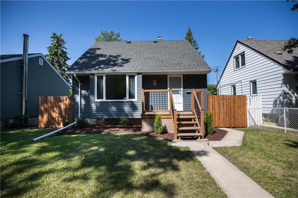 Main Photo: 821 Cambridge Street in Winnipeg: River Heights South Residential for sale (1D)  : MLS®# 202018056