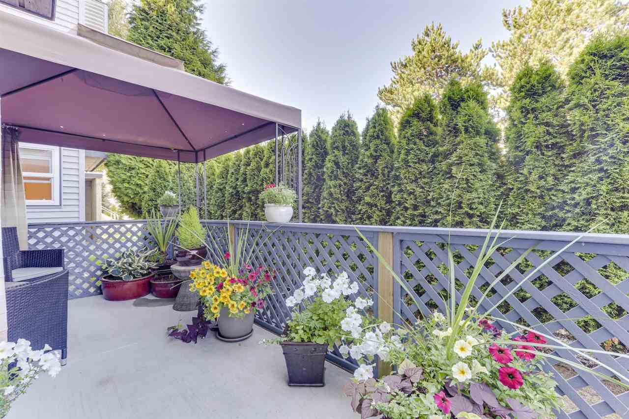 "Main Photo: 101 5472 11 Avenue in Delta: Tsawwassen Central Condo for sale in ""WINSKILL PLACE"" (Tsawwassen)  : MLS®# R2488797"