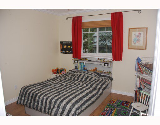 """Photo 8: Photos: 1285 FLYNN Crescent in Coquitlam: River Springs House for sale in """"RIVER SPRINGS"""" : MLS®# V787516"""