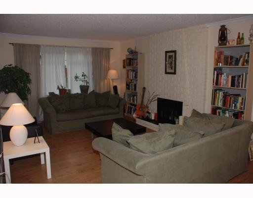 """Photo 5: Photos: 1285 FLYNN Crescent in Coquitlam: River Springs House for sale in """"RIVER SPRINGS"""" : MLS®# V787516"""