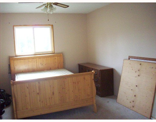 """Photo 3: Photos: 14804 PINECONE Road in Fort_St._John: Fort St. John - Rural W 100th Manufactured Home for sale in """"EVERGREEN ESTATES"""" (Fort St. John (Zone 60))  : MLS®# N187489"""