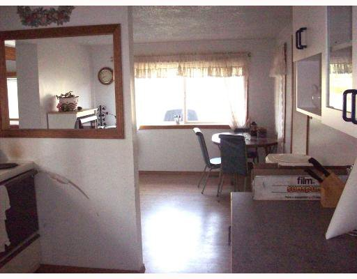 """Photo 4: Photos: 14804 PINECONE Road in Fort_St._John: Fort St. John - Rural W 100th Manufactured Home for sale in """"EVERGREEN ESTATES"""" (Fort St. John (Zone 60))  : MLS®# N187489"""
