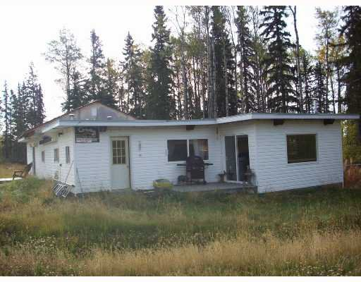 "Main Photo: 14804 PINECONE Road in Fort_St._John: Fort St. John - Rural W 100th Manufactured Home for sale in ""EVERGREEN ESTATES"" (Fort St. John (Zone 60))  : MLS®# N187489"