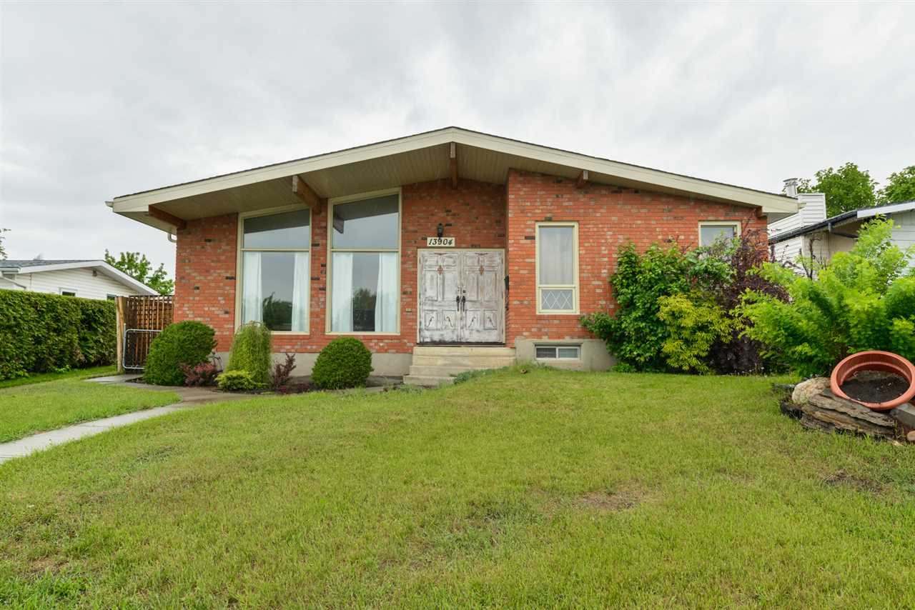 Main Photo: 13904 86 Street in Edmonton: Zone 02 House for sale : MLS®# E4172950