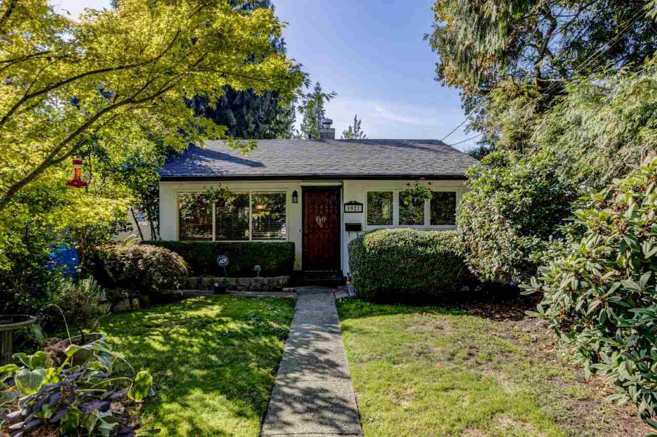 Main Photo: 1921 TATLOW Avenue in North Vancouver: Pemberton NV House for sale : MLS®# R2407439
