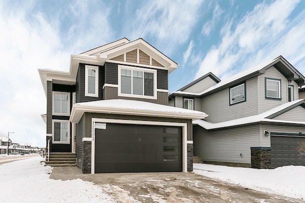 Main Photo: 12003 174 Avenue in Edmonton: Zone 27 House for sale : MLS®# E4182835