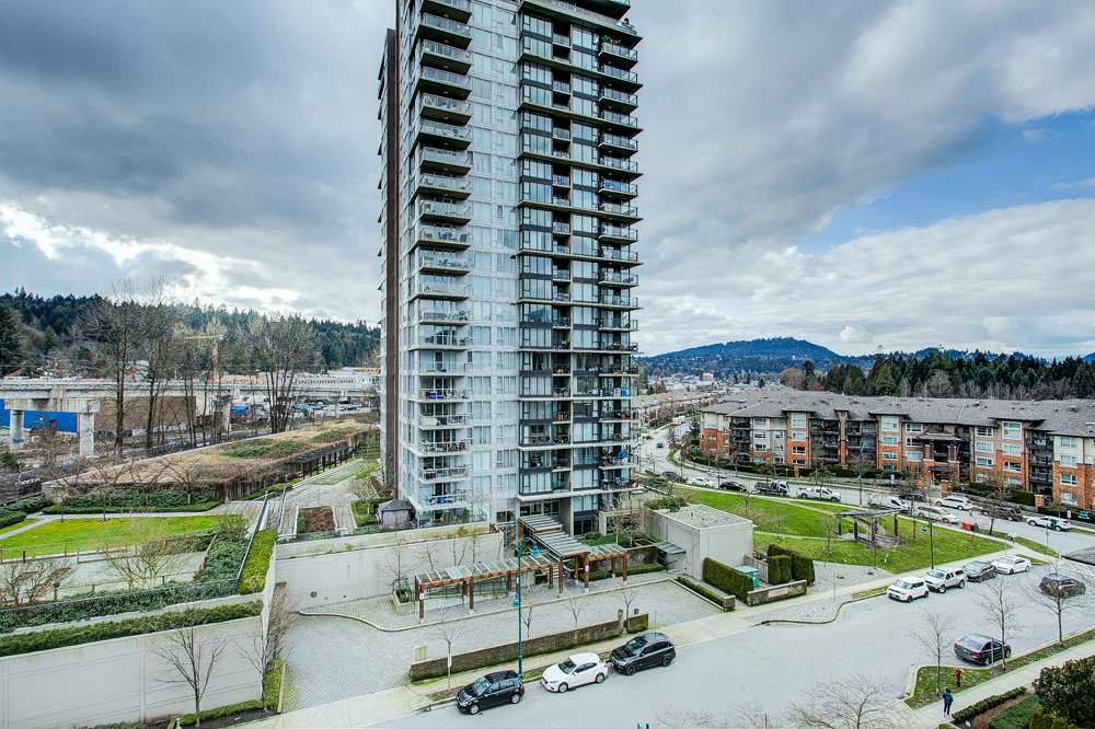 "Main Photo: 902 660 NOOTKA Way in Port Moody: Port Moody Centre Condo for sale in ""NAHANNI"" : MLS®# R2436770"