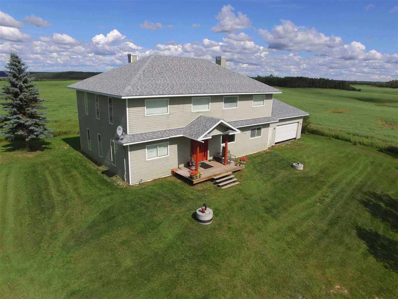 Main Photo: 57203 Rge. Rd. 44: Rural Lac Ste. Anne County House for sale : MLS®# E4208241