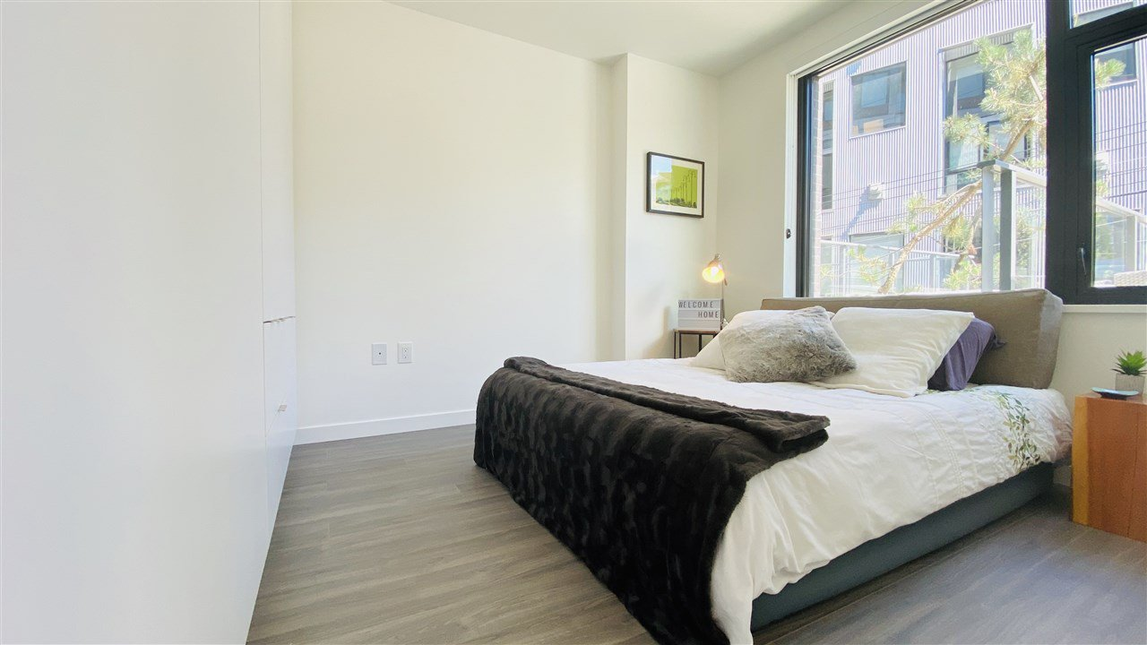 """Photo 14: Photos: 301 210 E 5TH Avenue in Vancouver: Mount Pleasant VE Condo for sale in """"Elenore"""" (Vancouver East)  : MLS®# R2487094"""