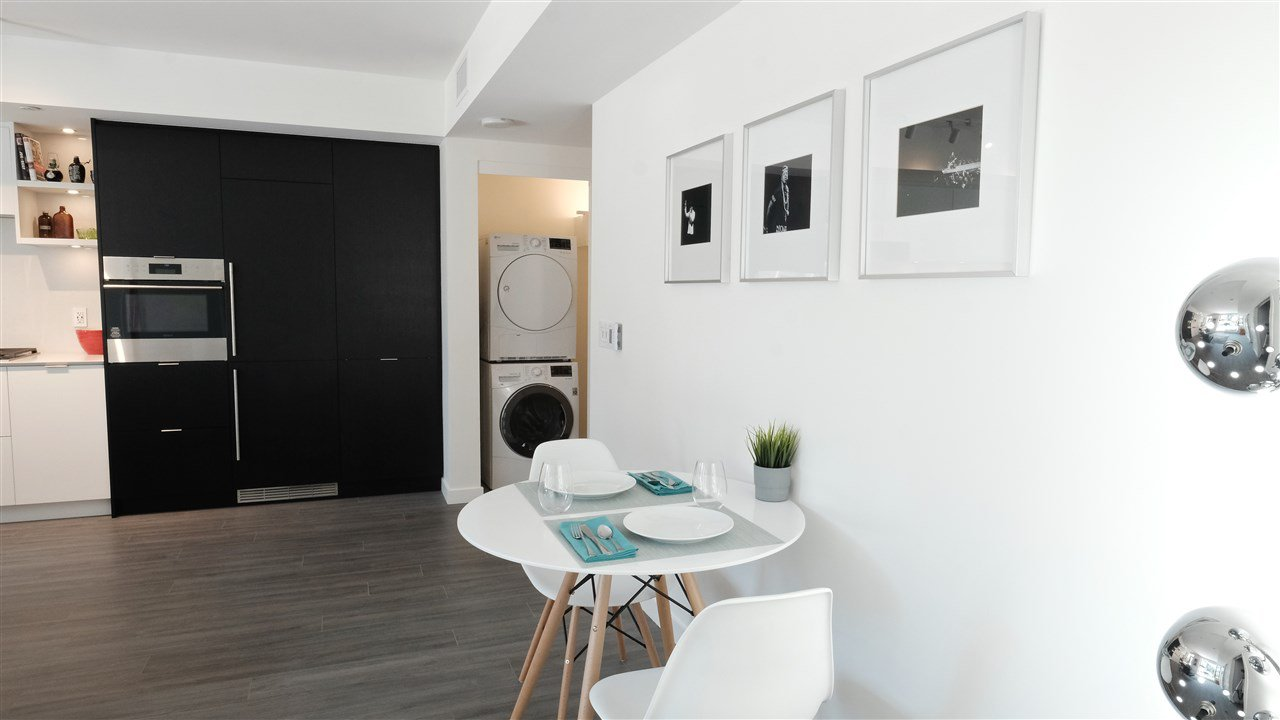"""Photo 12: Photos: 301 210 E 5TH Avenue in Vancouver: Mount Pleasant VE Condo for sale in """"Elenore"""" (Vancouver East)  : MLS®# R2487094"""