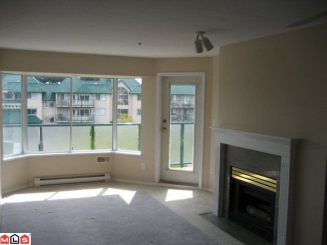 "Main Photo: 416 2964 TRETHEWEY Street in Abbotsford: Abbotsford West Condo for sale in ""Cascade Green"" : MLS®# F1010469"