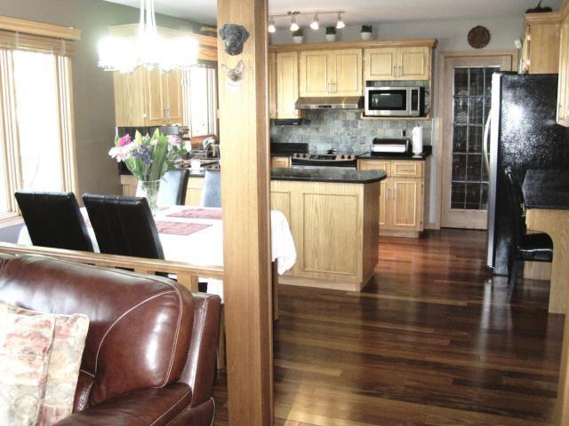 Photo 11: Photos: 144 KIRKBRIDGE Drive in WINNIPEG: Fort Garry / Whyte Ridge / St Norbert Residential for sale (South Winnipeg)  : MLS®# 1016371