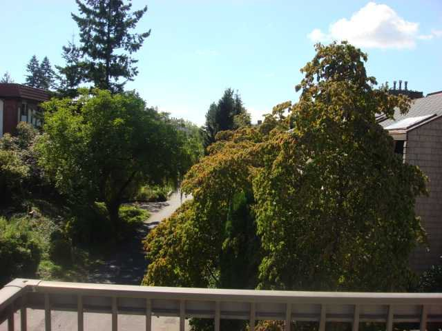 """Photo 10: Photos: 313 620 8TH Avenue in New Westminster: Uptown NW Condo for sale in """"THE DONCASTER"""" : MLS®# V850099"""