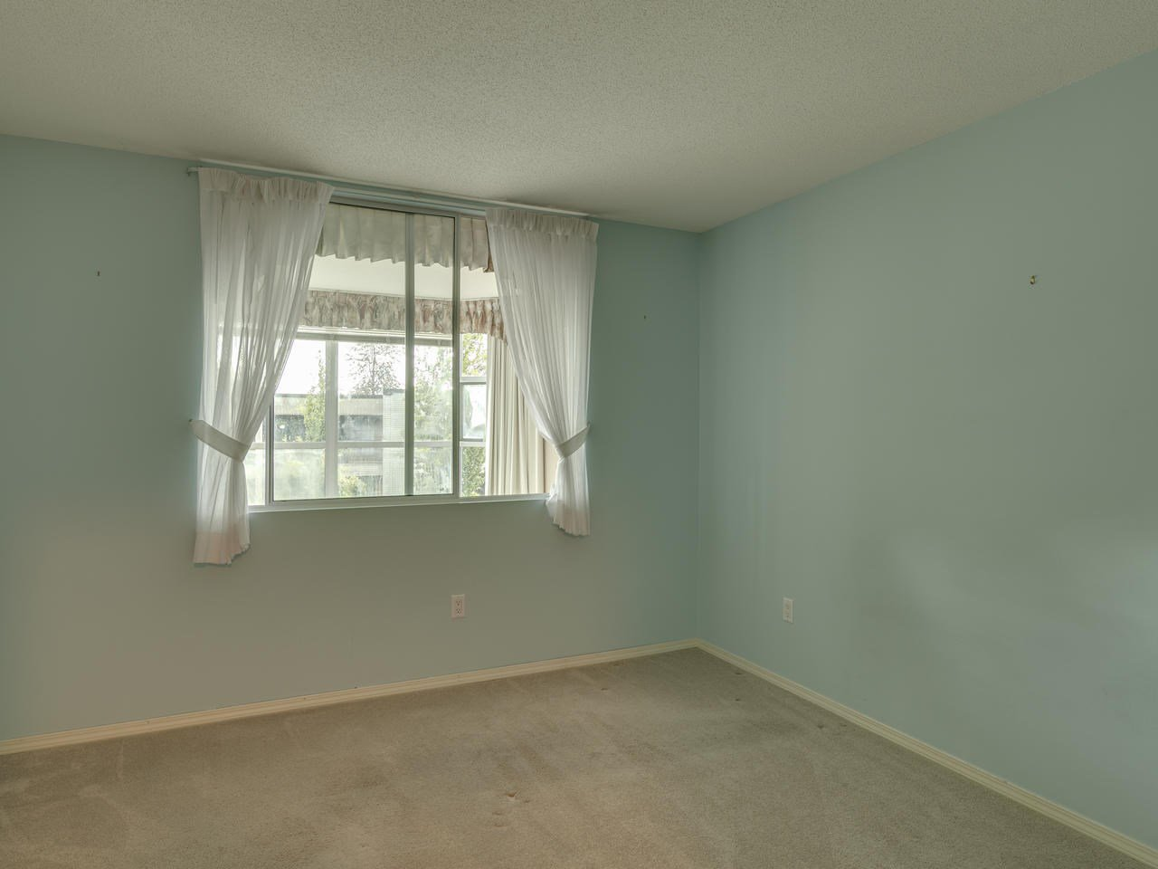 """Photo 21: Photos: 404 12148 224 Street in Maple Ridge: East Central Condo for sale in """"Panorama"""" : MLS®# R2461995"""