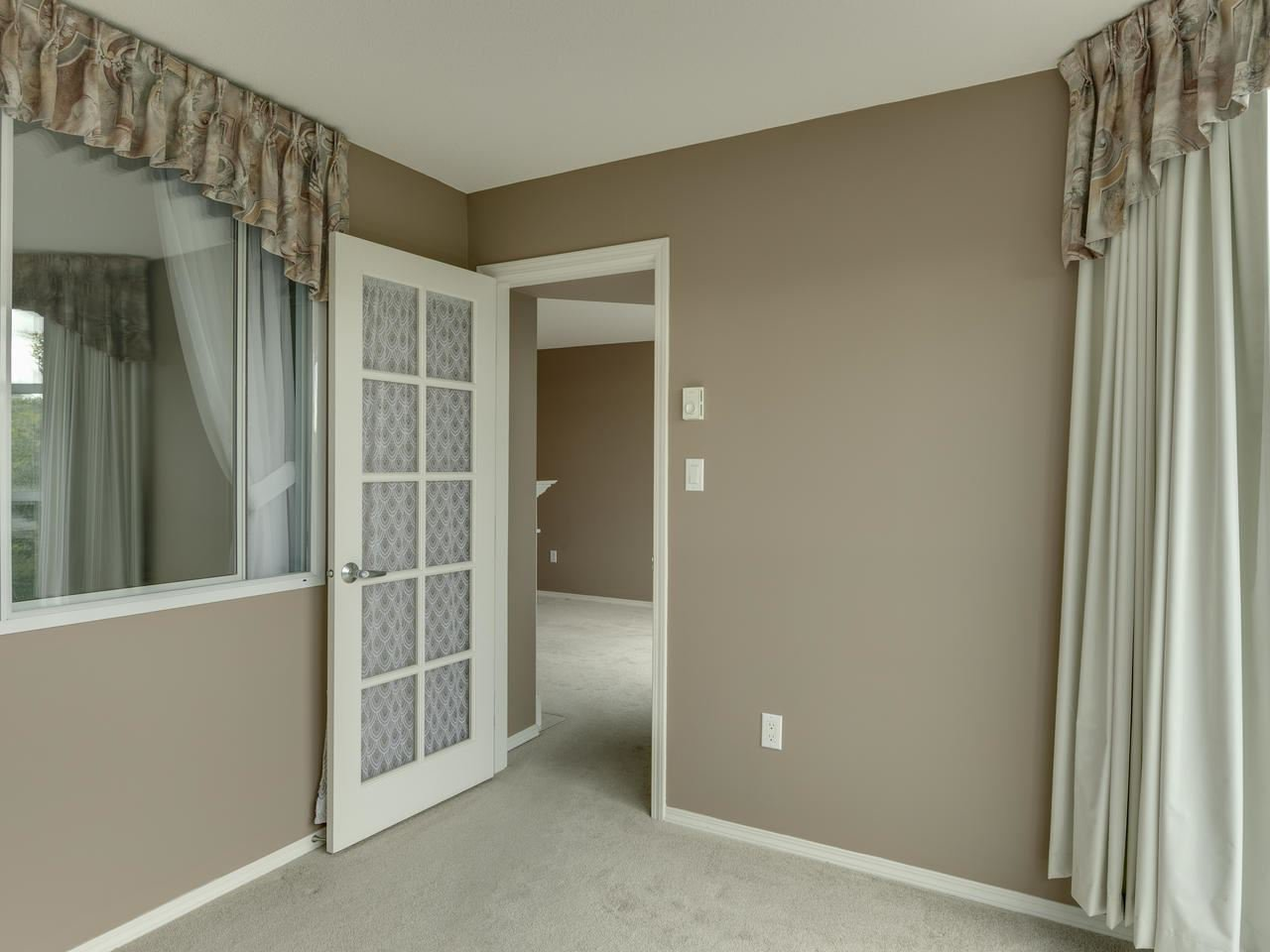 """Photo 29: Photos: 404 12148 224 Street in Maple Ridge: East Central Condo for sale in """"Panorama"""" : MLS®# R2461995"""