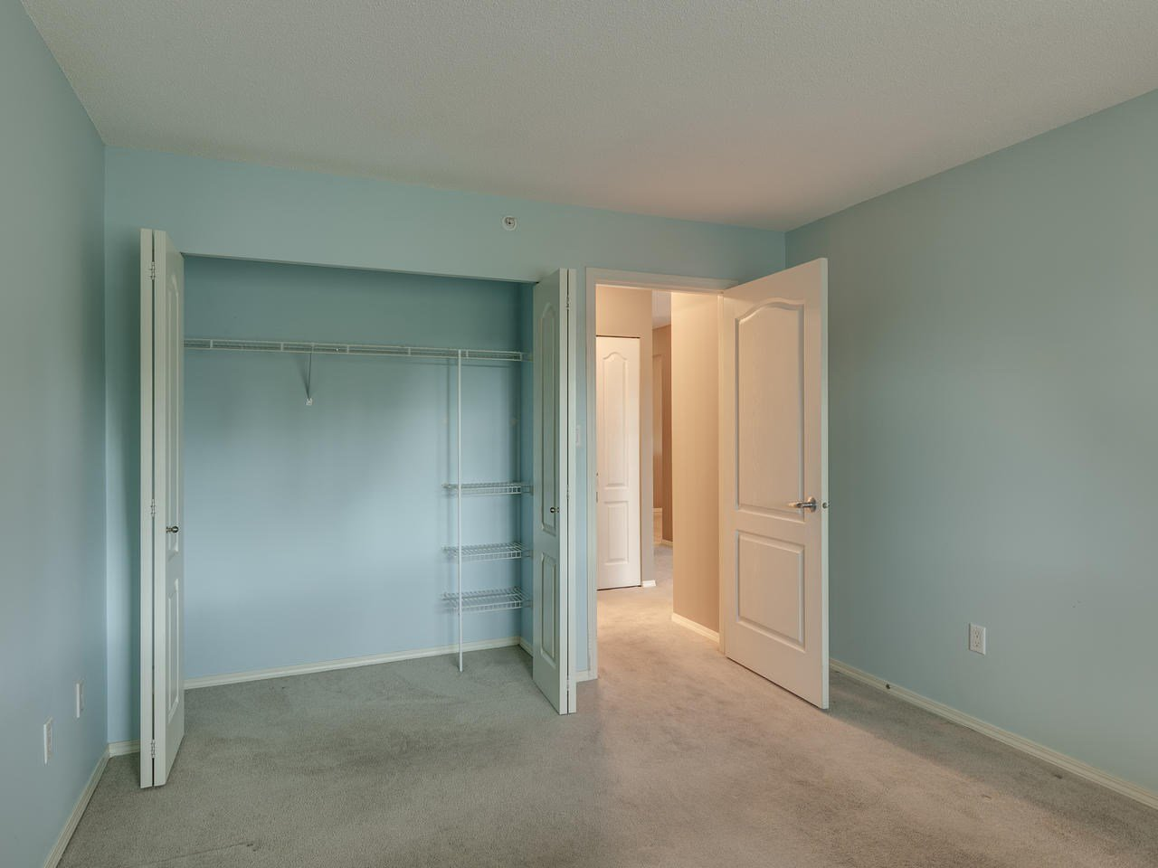 """Photo 22: Photos: 404 12148 224 Street in Maple Ridge: East Central Condo for sale in """"Panorama"""" : MLS®# R2461995"""