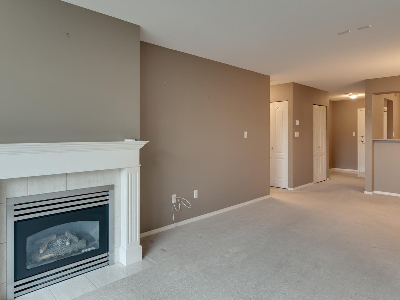 """Photo 14: Photos: 404 12148 224 Street in Maple Ridge: East Central Condo for sale in """"Panorama"""" : MLS®# R2461995"""