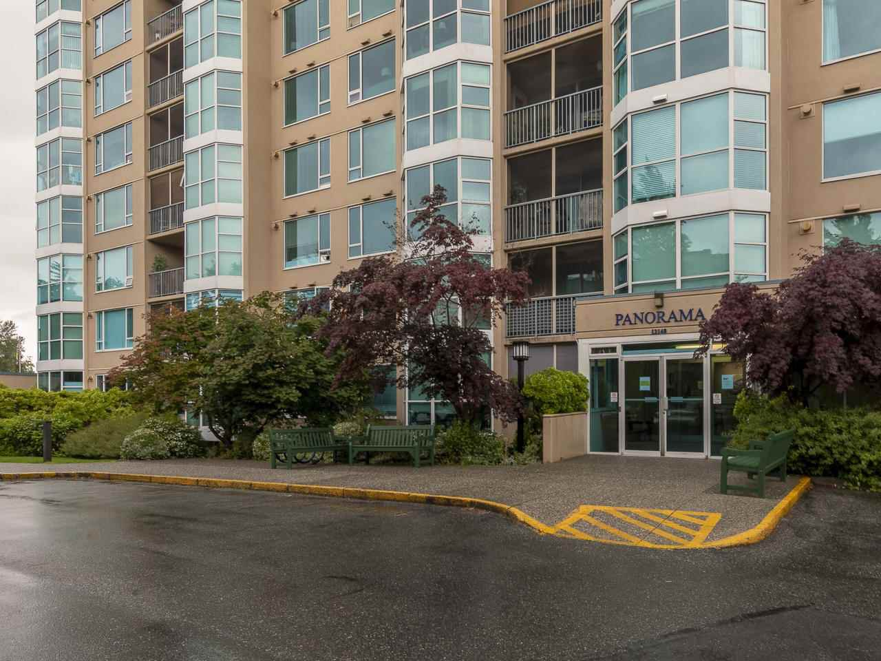 """Photo 2: Photos: 404 12148 224 Street in Maple Ridge: East Central Condo for sale in """"Panorama"""" : MLS®# R2461995"""