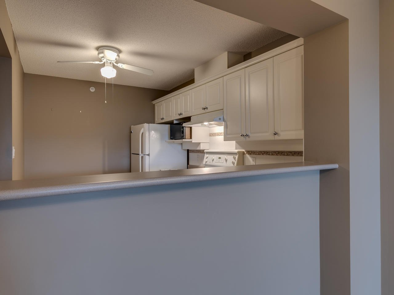 """Photo 19: Photos: 404 12148 224 Street in Maple Ridge: East Central Condo for sale in """"Panorama"""" : MLS®# R2461995"""