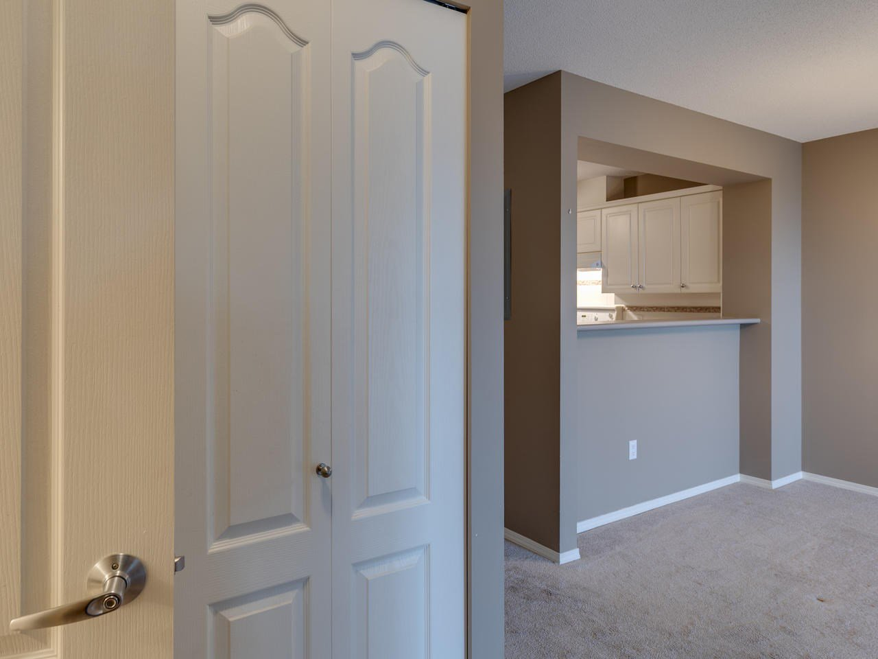 """Photo 24: Photos: 404 12148 224 Street in Maple Ridge: East Central Condo for sale in """"Panorama"""" : MLS®# R2461995"""