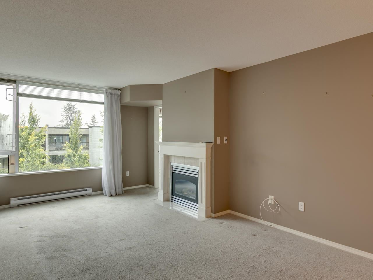 """Photo 11: Photos: 404 12148 224 Street in Maple Ridge: East Central Condo for sale in """"Panorama"""" : MLS®# R2461995"""