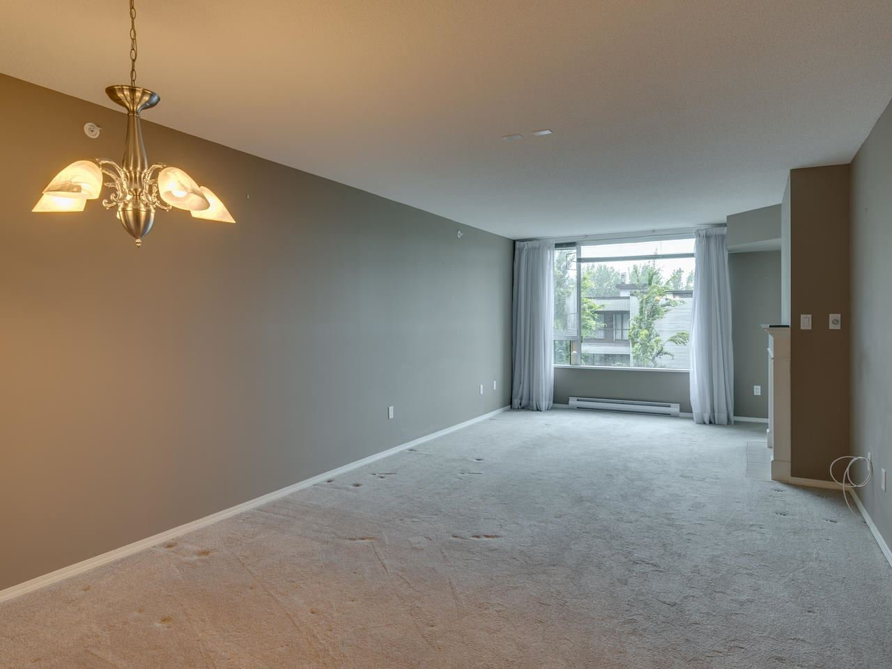 """Photo 10: Photos: 404 12148 224 Street in Maple Ridge: East Central Condo for sale in """"Panorama"""" : MLS®# R2461995"""