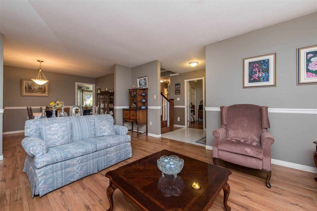 "Photo 10: Photos: 3485 MERRITT Street in Abbotsford: Abbotsford West House for sale in ""Fairfield Estates"" : MLS®# R2469168"