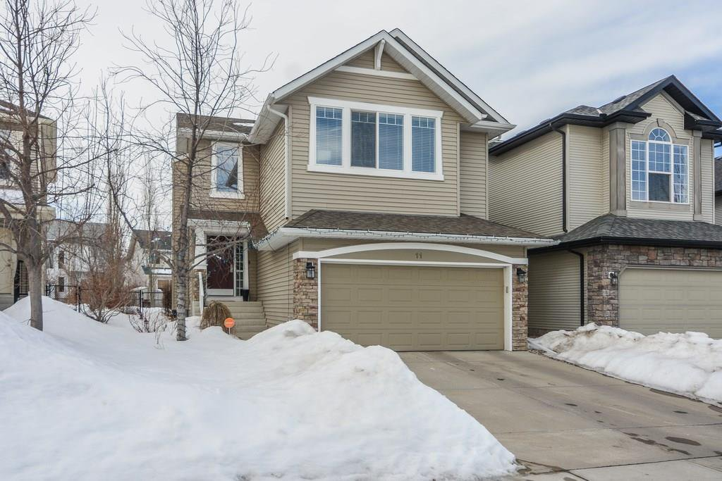 Main Photo: COUGAR RIDGE SW: Residential for sale : MLS®# C4171322