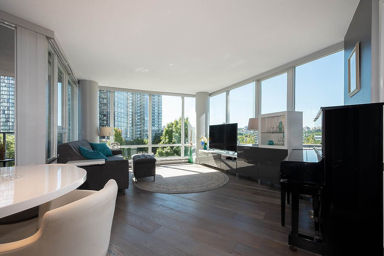 Main Photo: 503 1495 RICHARDS STREET in Vancouver: Yaletown Condo for sale (Vancouver West)  : MLS®# R2488687
