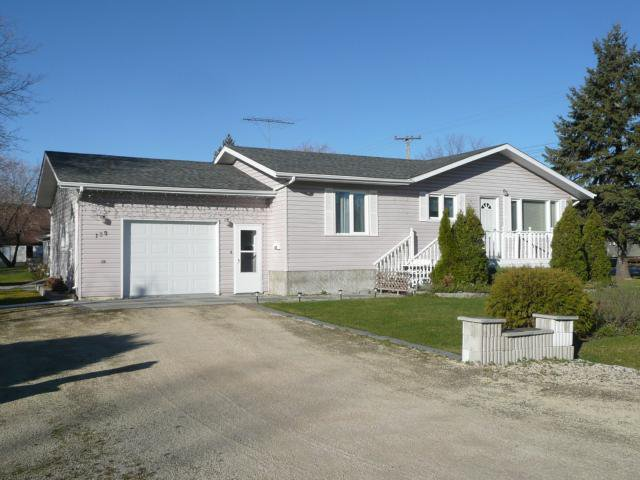 Main Photo: 139 First Street Southeast in TEULON: Manitoba Other Residential for sale : MLS®# 1021906